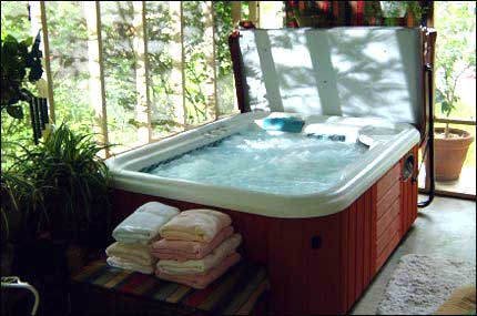 Awesome Private Hot Tub Jucuzzi 2 Wee Cottages Fredericksburg Tx Interior Design Ideas Clesiryabchikinfo